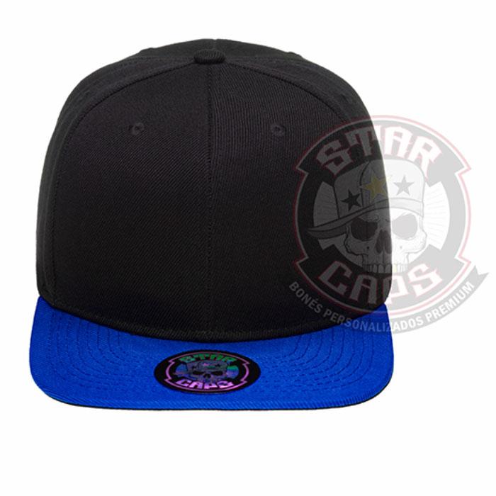 67a628d7ec460 Boné Aba Reta SnapBack Preto  Aba Azul Star Caps